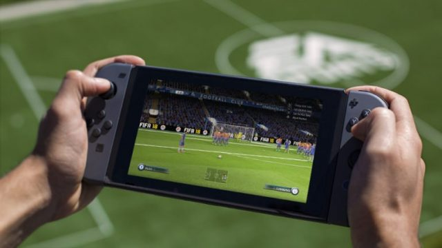 Photo_fifa18_switch_handheld_wm-770x433