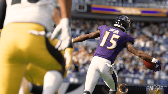 Madden 20 Lateral
