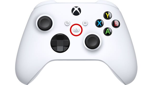 How to capture screenshots on Xbox Series X and S - Share button
